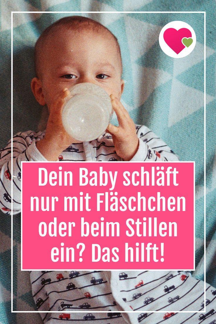 Baby Schläft Beim Trinken Ein