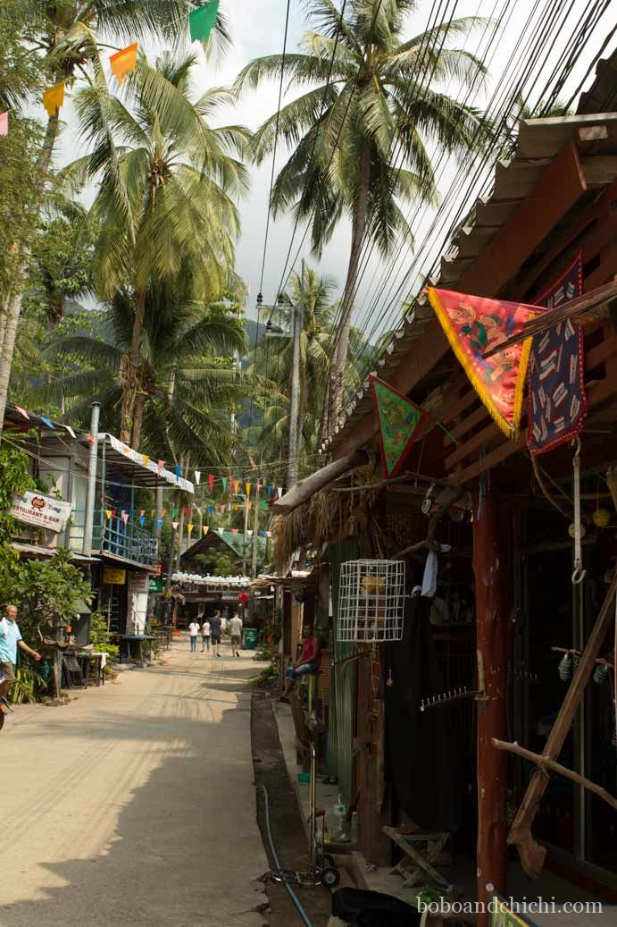 The Ultimate Koh Chang Beach Guide - Lonely Beach Koh Chang