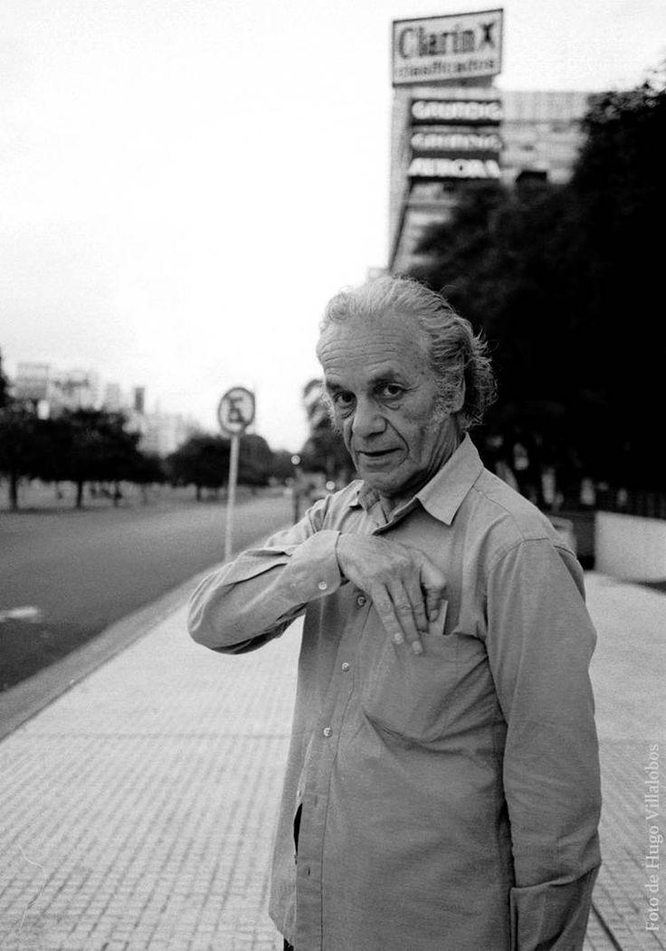 Nicanor Parra en Buenos Aires año 1994. (Foto de Hugo Villalobos)