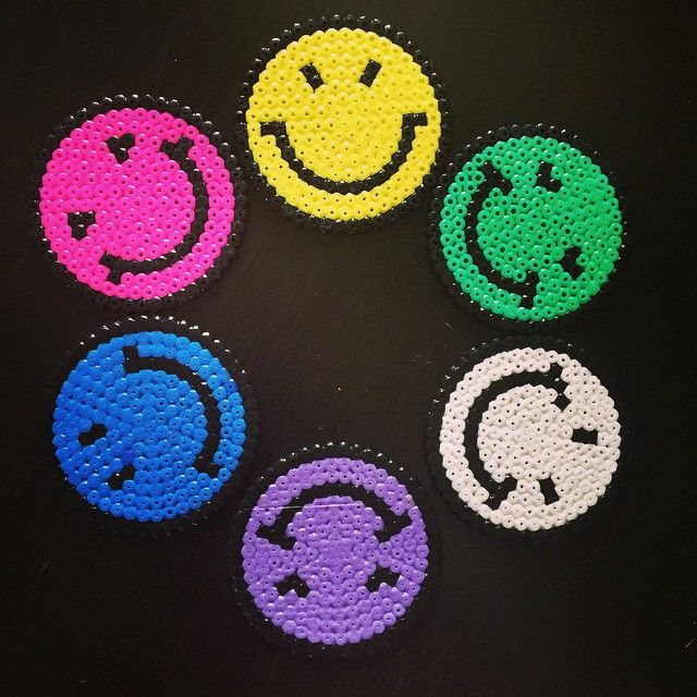 Smiley coasters hama beads by lilysart_scrap