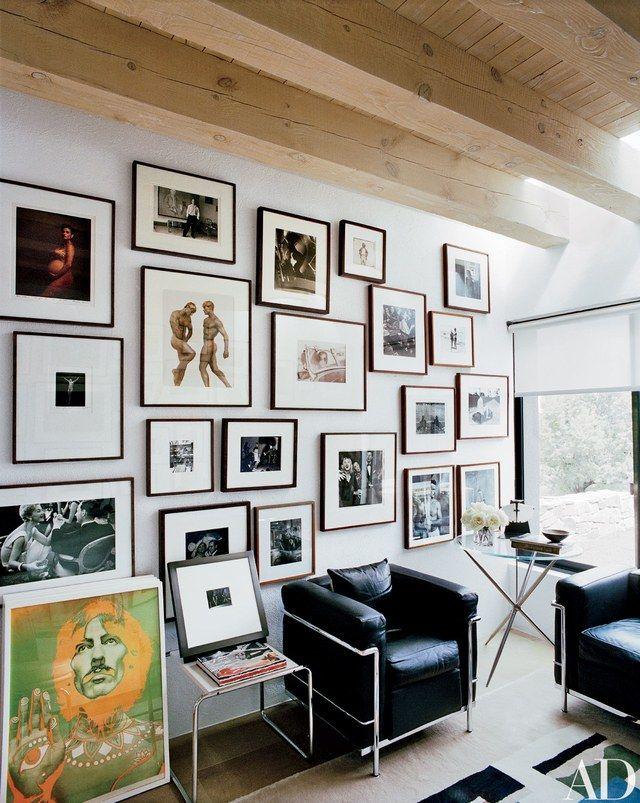 Evocative works by such artists as Annie Leibovitz, Lucian Freud, and Bruce Weber grace these residences from the AD archives | archdigest.com