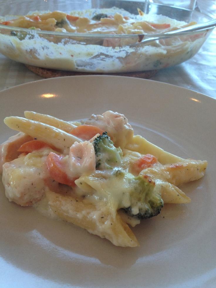 Lakseform med pasta og grønnsaker. | martesmatogslikt Mmm, må prøves!