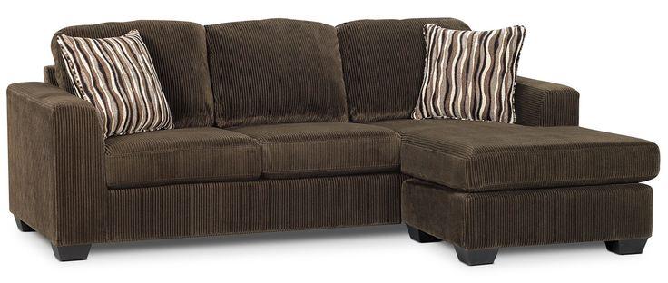 Enveloppé de superbe microsuède, ce sofa sectionnel Nina deux pièces fait en sorte qu'il est facile de vous détendre avec les gens que vous aimez. Doté d'un doux revêtement chocolat foncé, ce sofa et ce fauteuil long seront d'incroyables ajouts à n'importe quel espace séjour dans votre demeure. Les coussins de siège et de dossier sont généreusement rembourrés de mousse à haute densité et munis d'un système de ressorts robuste pour un meuble de détente durable. Complété d'une armature de…