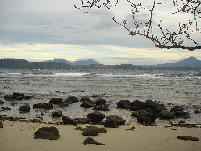Bangka Island, North Sulawesi © 2007 Laszlo Muzlai