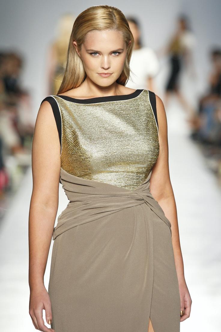 Vestido de coctel, evento de oficina, fiestas de Navidad, tallas grandes Elena Mirò Spring Summer 2012 fashion show