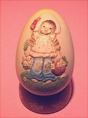 Made in Italy.  Egg comes with stand.  Shown on site http://barbspencerdolls.com in VINTAGE/GIFTS.