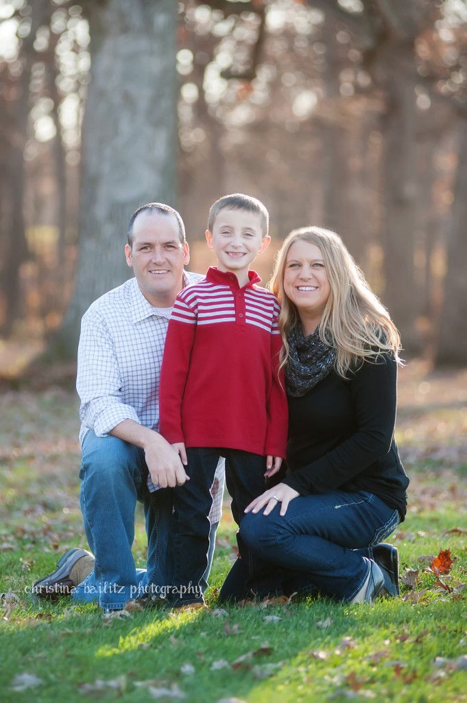 Chicago Family Photographer.  Use of evening light for fall photography session.  Posing of family of three.