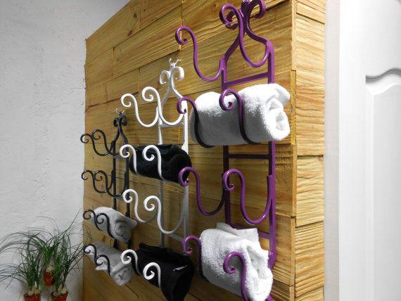 Toallero de herrería fina para cuatro toallas de por MaderaYHierro