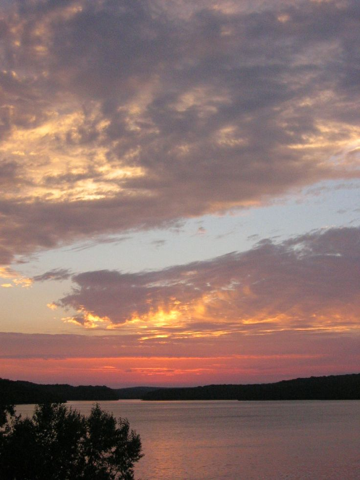 Evening on Baptiste Lake  Bancroft, Ontario  Photo: Lynda Thomson