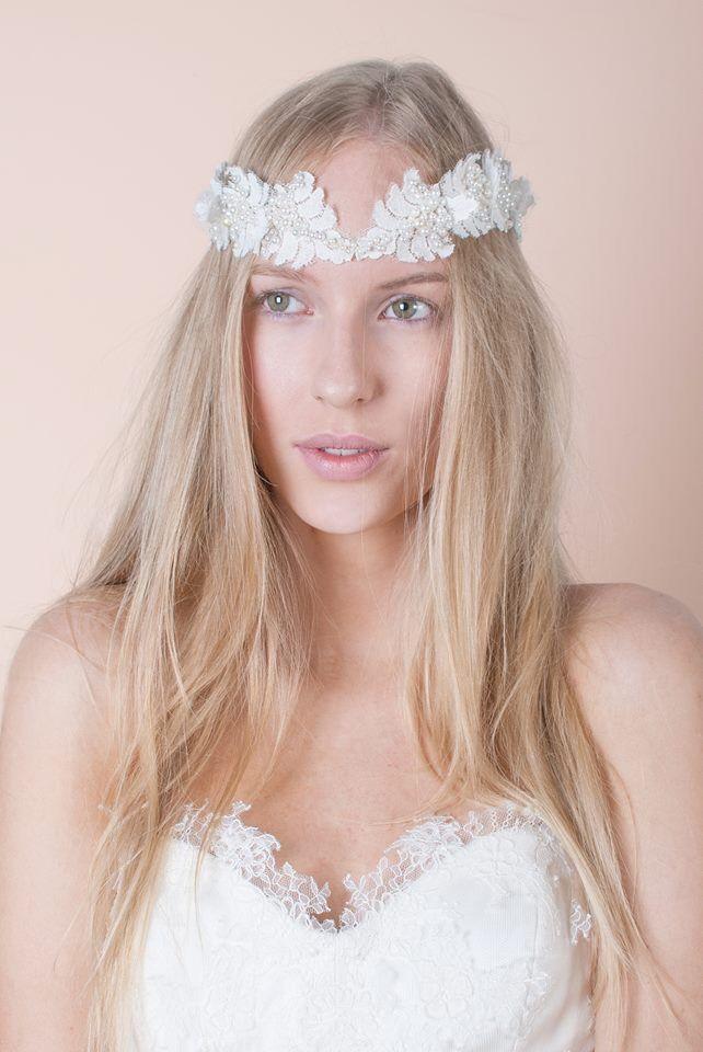 Nora Sarman Annamaria headpiece