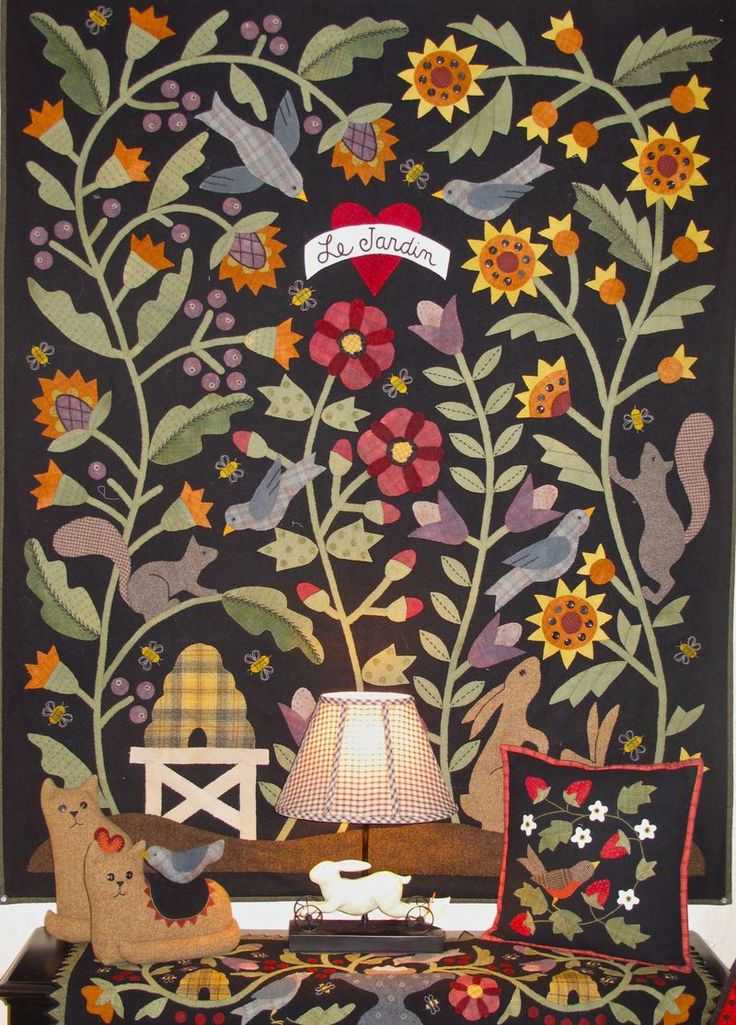 "Bonnie Sullivan's ""Le Jardin"": Sullivan Book, Applied Quilts, Quilts Inspiration, Applique Quilts, Country Quilts, Bonnie Gardens, Wool Quilts, New Books"