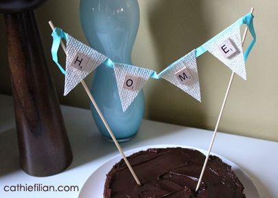 DIY: Cake bunting with Scrabble tiles and Mod Podge coated burlap.  Super easy to make. #parties #cakedecorating #crafts