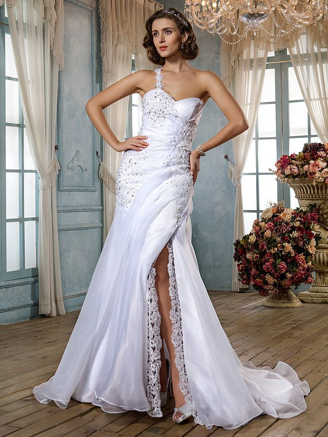 Lanting Bride® Trumpet / Mermaid Petite / Plus Sizes Wedding Dress - Classic & Timeless / Glamorous & Dramatic Vintage InspiredSweep / - USD $199.99 ! HOT Product! A hot product at an incredible low price is now on sale! Come check it out along with other items like this. Get great discounts, earn Rewards and much more each time you shop with us!