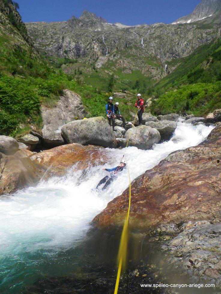 Canyon de l'Artigue en hautes eaux (Ariège - FR)