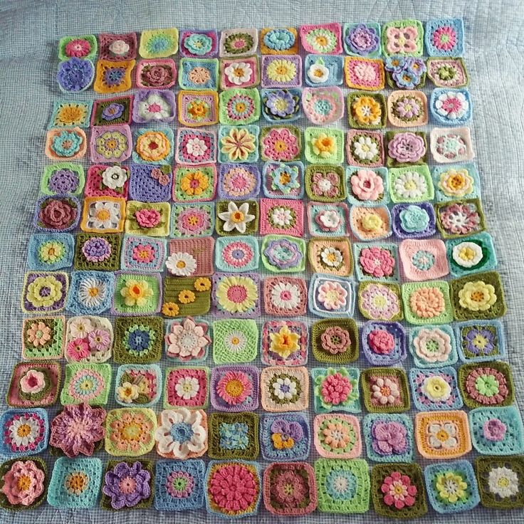 @ The Patchwork Heart: Flower squares - group project