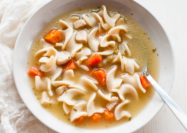 CHICKEN SOUP -  chicken soup really is the best medicine for a cold. The soup has anti-inflammatory benefits and helps clear congestion. Not to mention it's soothing and comforting     10 Natural Remedies for the Common Cold | http://helloglow.co/natural-cold-remedies/