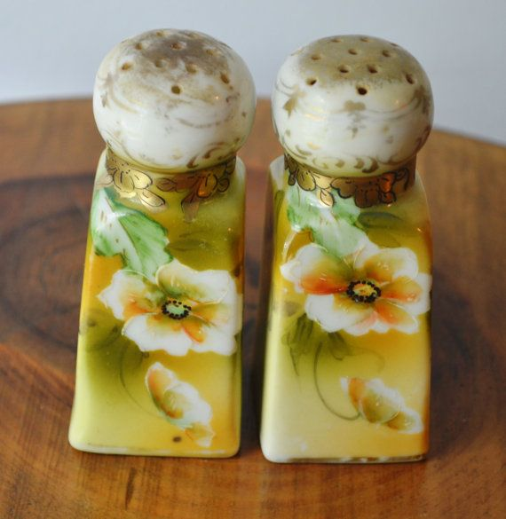 Check out this item in my Etsy shop https://www.etsy.com/ca/listing/475358385/green-floral-salt-and-pepper-shakers