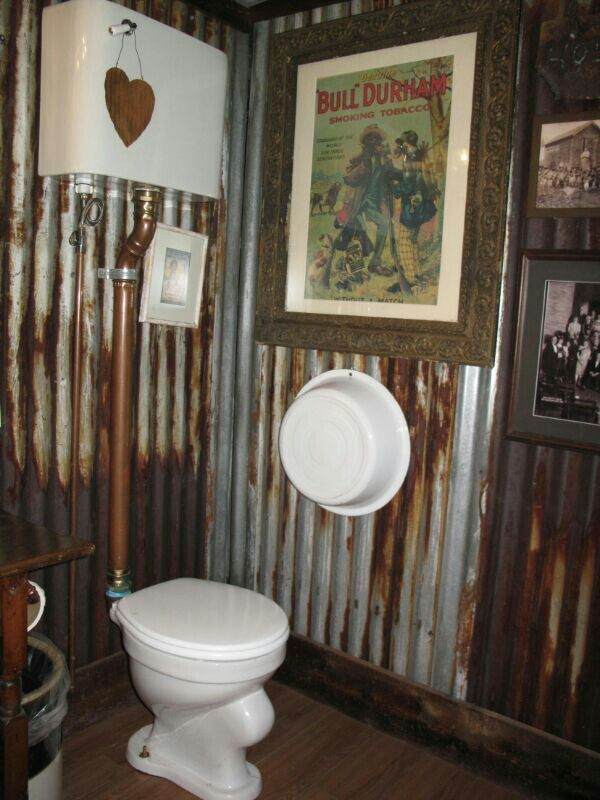 Best 25 Tin Walls Ideas On Pinterest Barn Bathroom