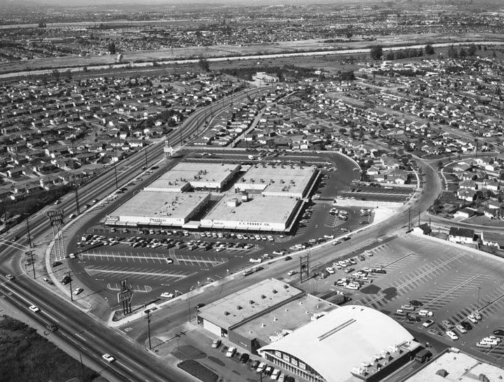 Aerial View Of The Whittier Downs Mall Whittier Ca Aerial View Hall Of Fame Mall