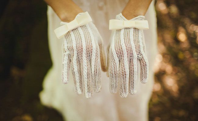 Wedding Trend: Vintage Lace Gloves