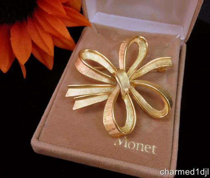 Vintage MONET Gold Plated Bow Ribbon Brooch Pin New in Original Box #Monet