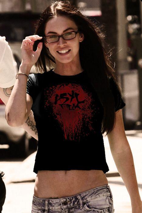 Megan Fox. Linda!