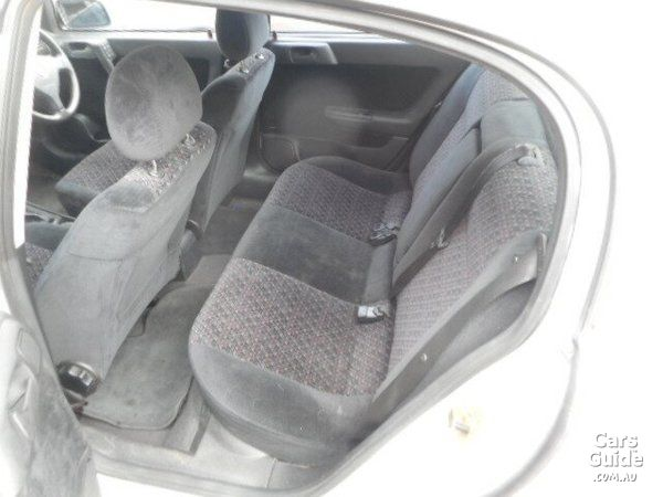 2001 HOLDEN ASTRA CD For Sale $1,990 Manual Sedan   CarsGuide