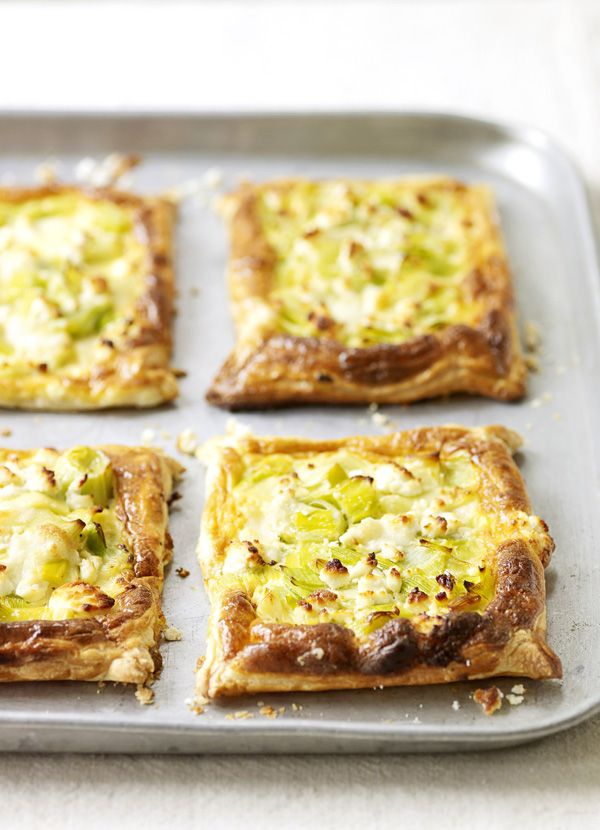 Melting leek and goat's cheese pastries: Make the most of ready-made puff pastry to create these easy vegetarian pastries filled with tender leeks and creamy goat's cheese. Serve crisp and golden with salad for lunch.