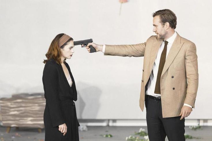I relived the glory that was Hedda Gabler at The National Theatre with an NT Live screening. It's a must see!