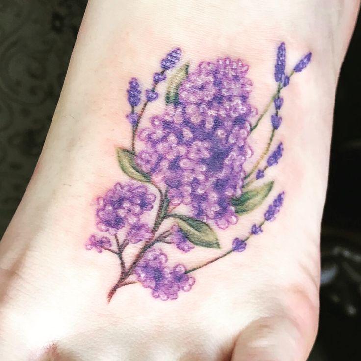 Lilac & lavender tattoo. I'm in love! Lilac tattoo