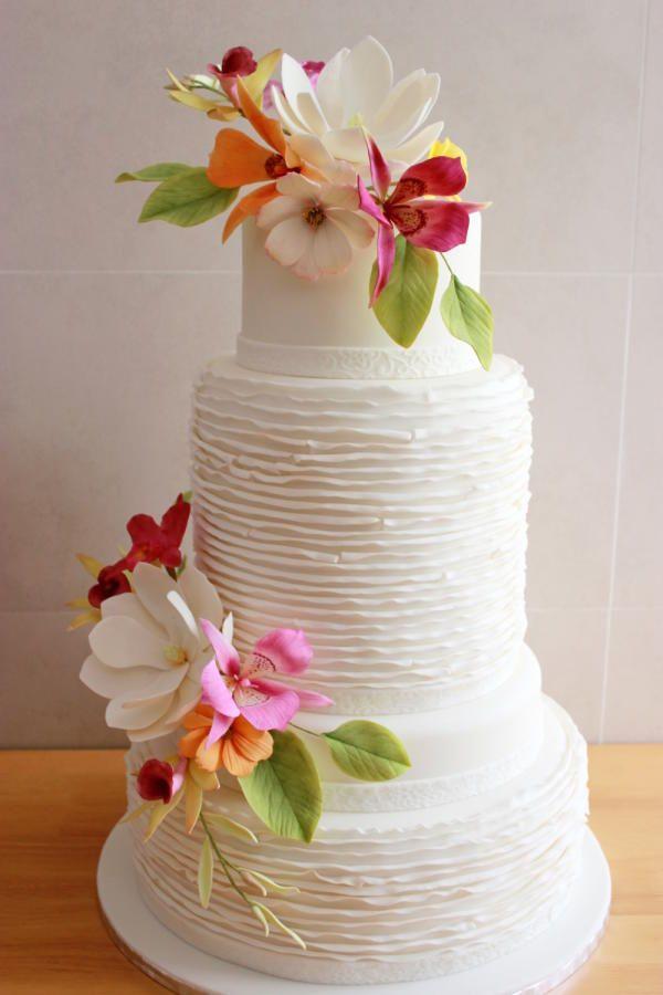 Flowers Wedding Cake - Cake by Kiara's Cakes