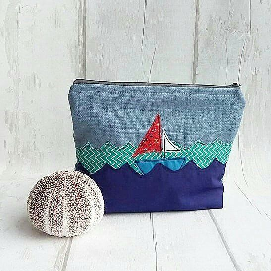 Hi ya creative  Anyone for the beach for lovely picnic? If so in  the comments tell me where in the world shpukd we go to tge beach My choice would be a quiet beach in Barbados It's this embroidered boat bag pouch got me thinking of the beach. This could store so many things like your knitting make-up or our sunglasses and lip balm for the beach . This  embroidered pouch was created by  @hanmadeincornwall