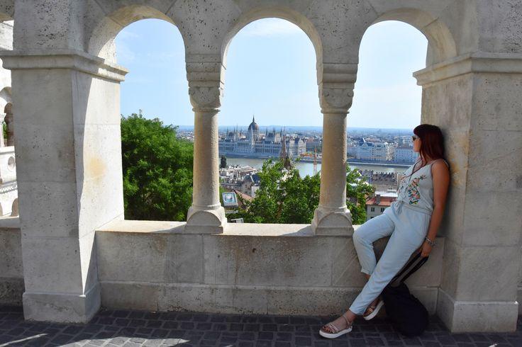 Budapeszt to miasto, które potrafi oczarować o każdej porze roku. Szukasz przewodnika, porad, pięknych zdjęć i inspiracji? Kliknij w link po więcej!