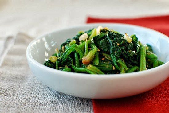Sigeumchi namul is a simple Korean side dish made with spinach. Namul is the general term that refers to a seasoned vegetable dish, and sigeumchi is spinach. Although the cooking method and seasonings vary, the vegetables are typically blanched first and then dressed with seasonings. There are an infinite number of vegetables that …