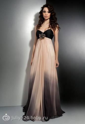 В пол платье