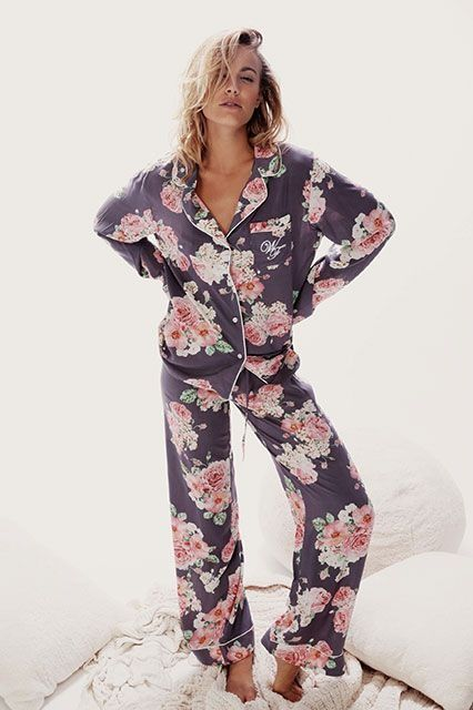 30 Perfect Pairs Of Pajamas For Your Next Netflix Marathon #refinery29 http://www.refinery29.com/cute-fall-pajamas#slide25