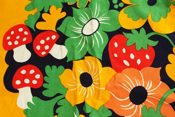 Fin-Helen fabric Mansikkapaikka