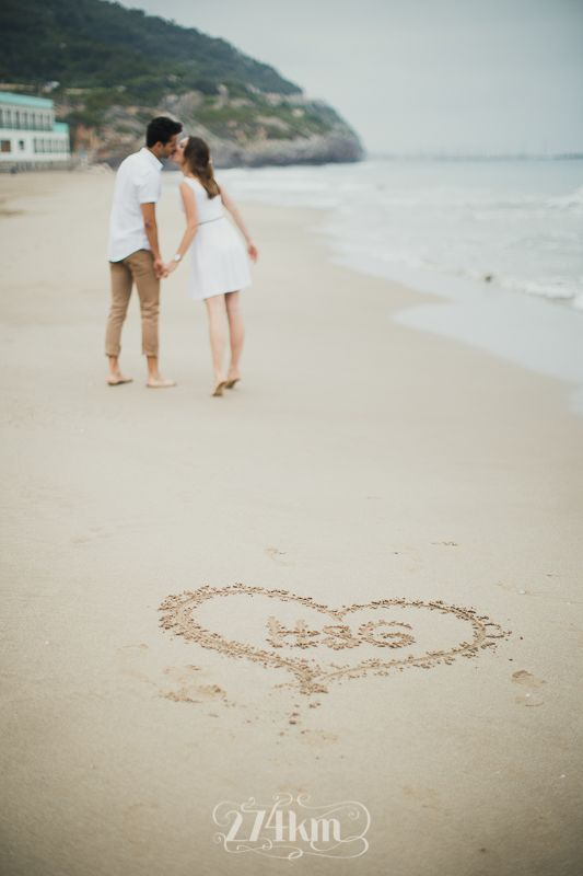 Sesión de fotos de pareja en primavera en la playa en barcelona 274km , barcelona, hospitalet, gala martinez, fotografia, photography, photographers, boda, wedding, photographers, novios274km, bodas274km,  couple, parella, platja, beach, love, amor,