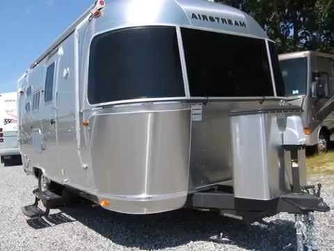 New Bambi For Sale - 2016 Airstream Flying Cloud 20C Bambi
