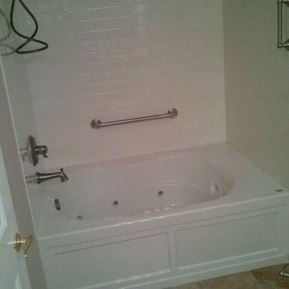 7 best whirlpool/shower w/tile surround images on