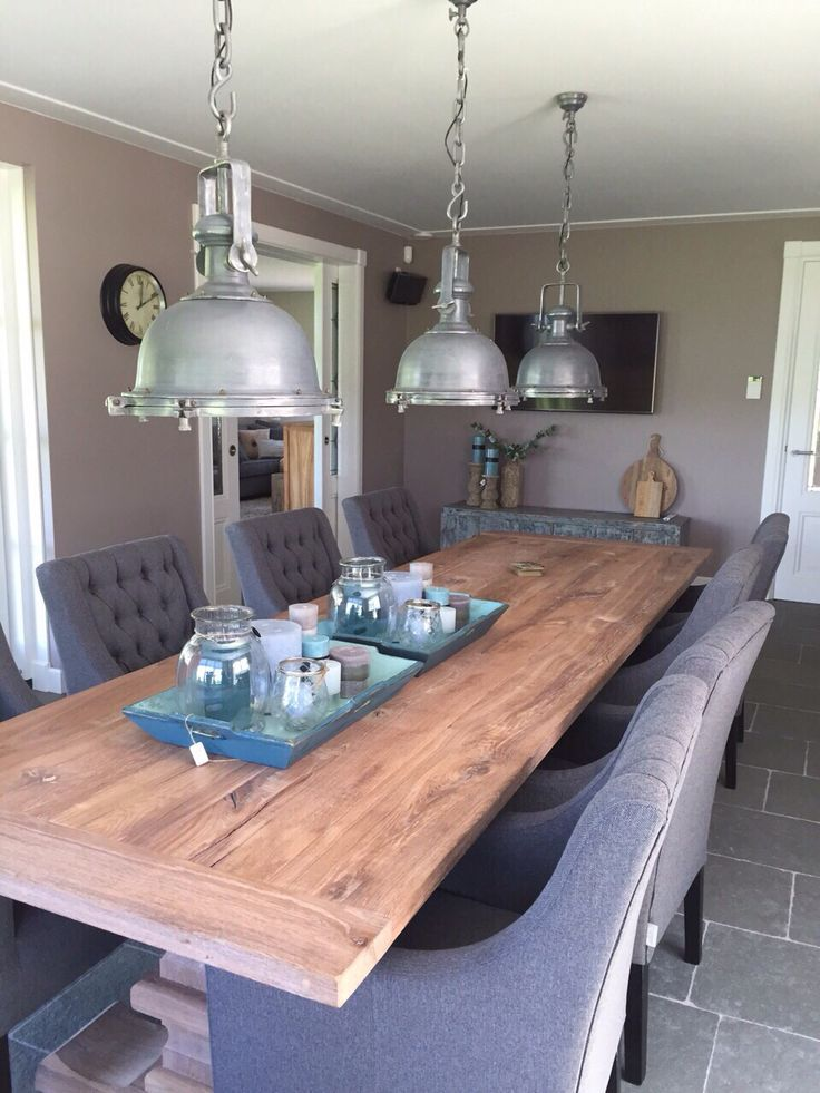 Eetkamertafel 3 meter, Natural pak.Daarbij 8 eetkamerstoelen in stof Board. #MaisonManon.