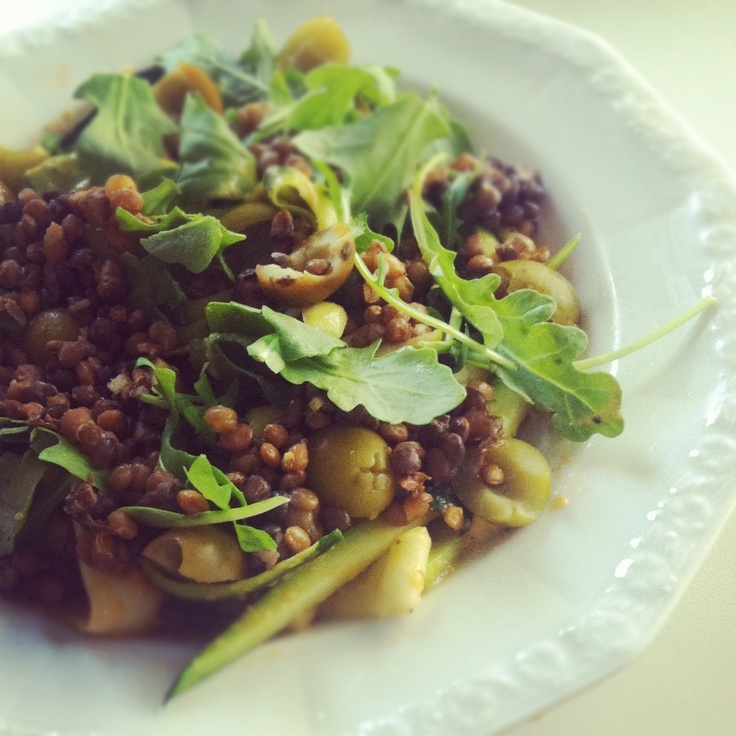 Nourish: Vegan Zucchini Pasta with Lentils & Arugula