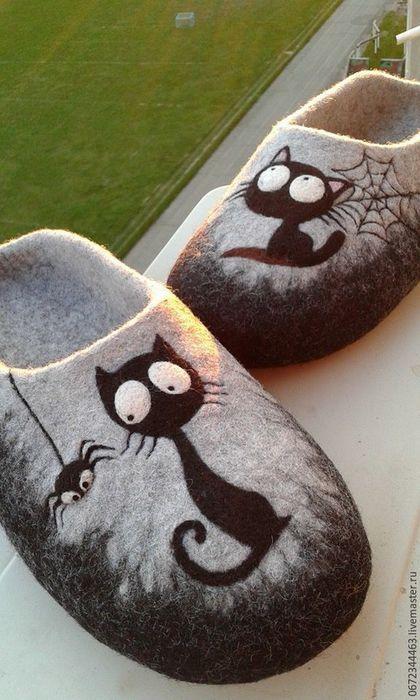 """Обувь ручной работы. Ярмарка Мастеров - ручная работа. Купить Мужские Тапочки валяные """" Лунный кот"""". Handmade. войлок"""