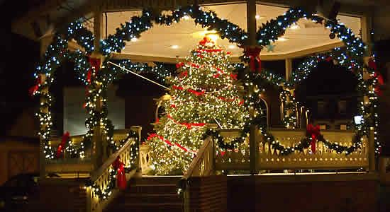 A Cape May Christmas by @dawnsmiller - gorgeous article about the Cape May holiday experience