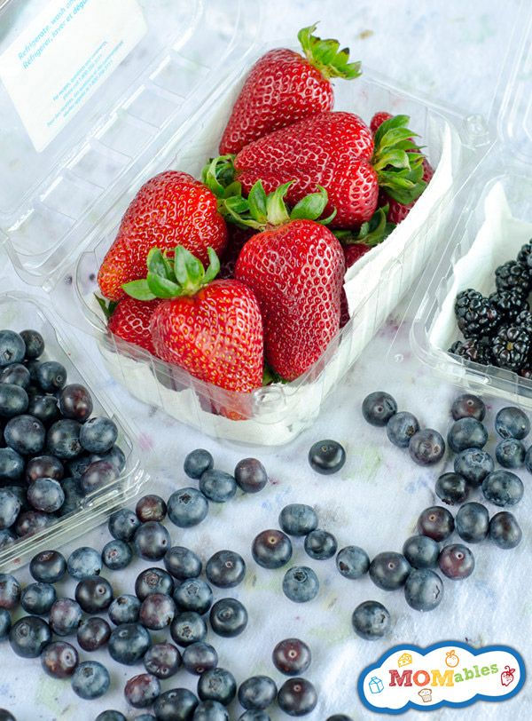 How To Keep Berries Fresh in the Refrigerator - Make them Last!