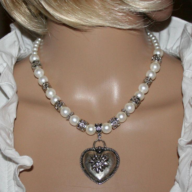 Ich freue mich, den jüngsten Neuzugang in meinem #etsy-Shop vorzustellen: Trachten-Perlen-Halskette mit Herzanhänger http://etsy.me/2zLxAEK #schmuck #kette #weiss #karabiner #nein #frauen #ja #silber #perle