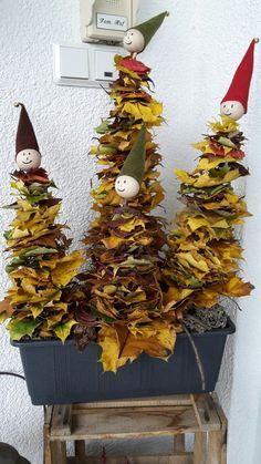 Blättermännchen Basteln mit Kindern im Herbst