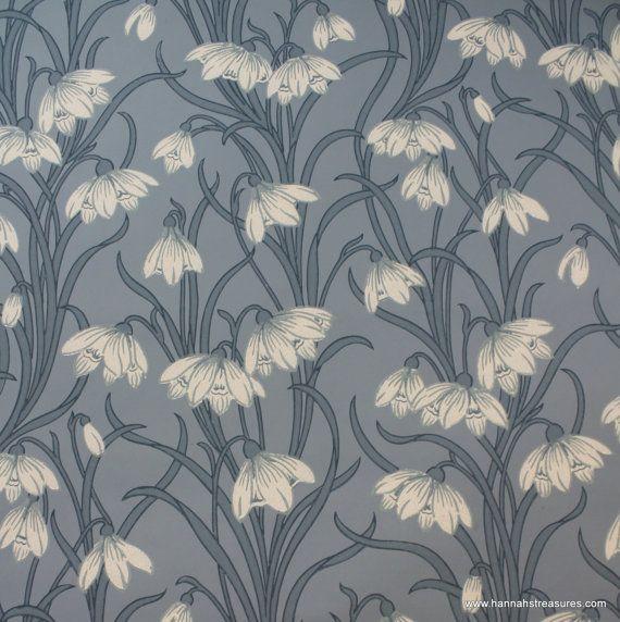 1920's Vintage Wallpaper Stunning White floral on blue background.