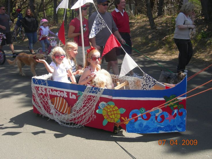 kid parade float ideas | 4th of July Parade in Gearhart