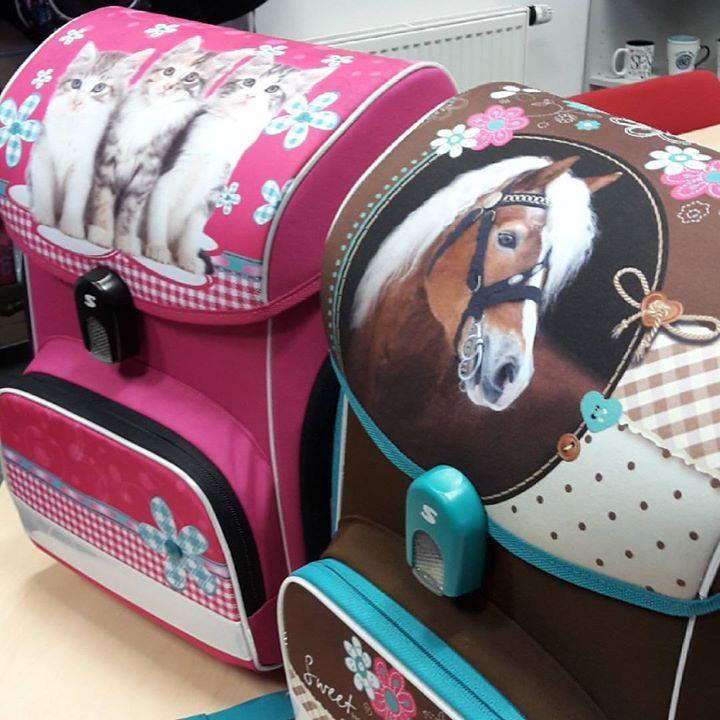 Malá ochutnávka z příprav nové kolekce pro prvňáčky. 💙 NEW COLLECTION 2017 💙 #batoh #schoolbag #student #school #kids #pojďtesnamidoškoly #bachtoschool #batoh #safety #děti #prvňáček #do1třidy